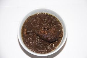 Persisk gryderet med kylling. Fesenjon er en dejlig ned opskrift på en persisk ret. Retten skal spises med ris.