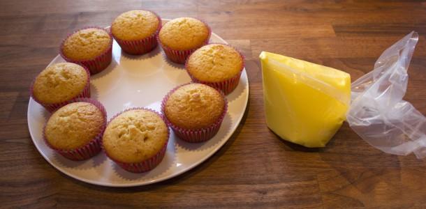 Muffins klar til at få glasur