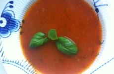 Tomatsuppen er klar