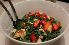 Den færdige lækre sommer salat