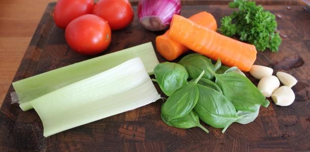 De lækre ingredienser til tomatsaucen