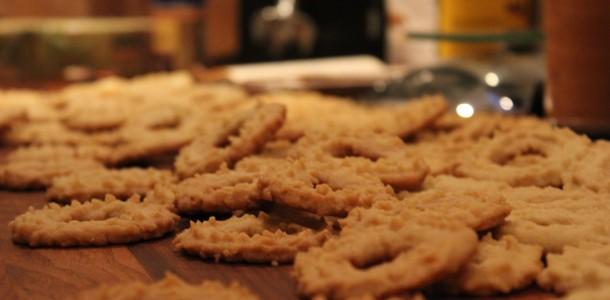 Der bliver lavet mange, de går som varmt brød :) - Vaniljekranse