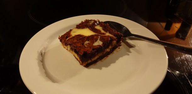 Lækker brownies kage med Philadelphia ost.
