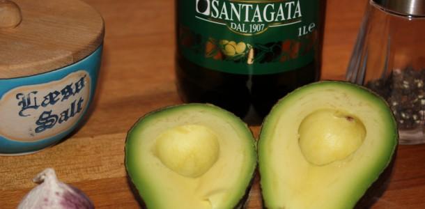 Ingredienser til avocado aioli